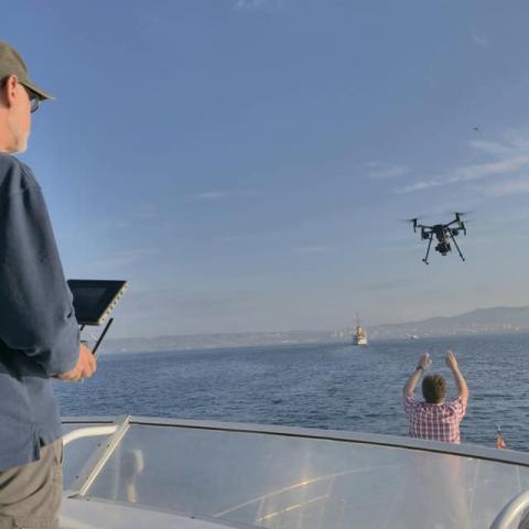Résumé relatant l'usage des drones pendant la campagne de mesures de la chimie des panaches de navires en  mer
