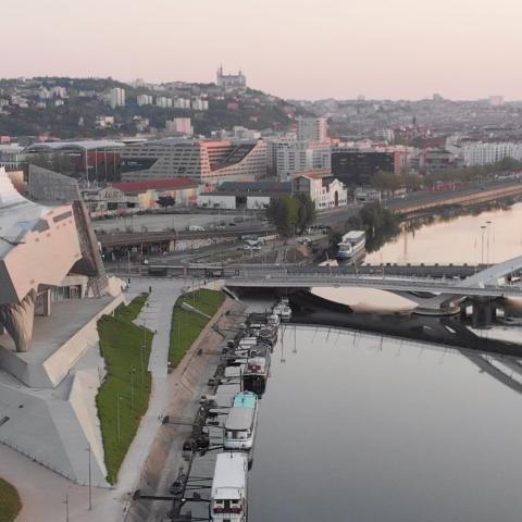 Histoire du tournage par drone au coeur de Lyon confiné