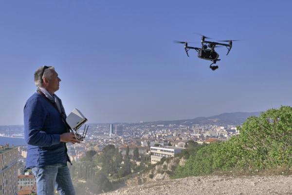 Télépilote de drone Marseille-NDG-1111211